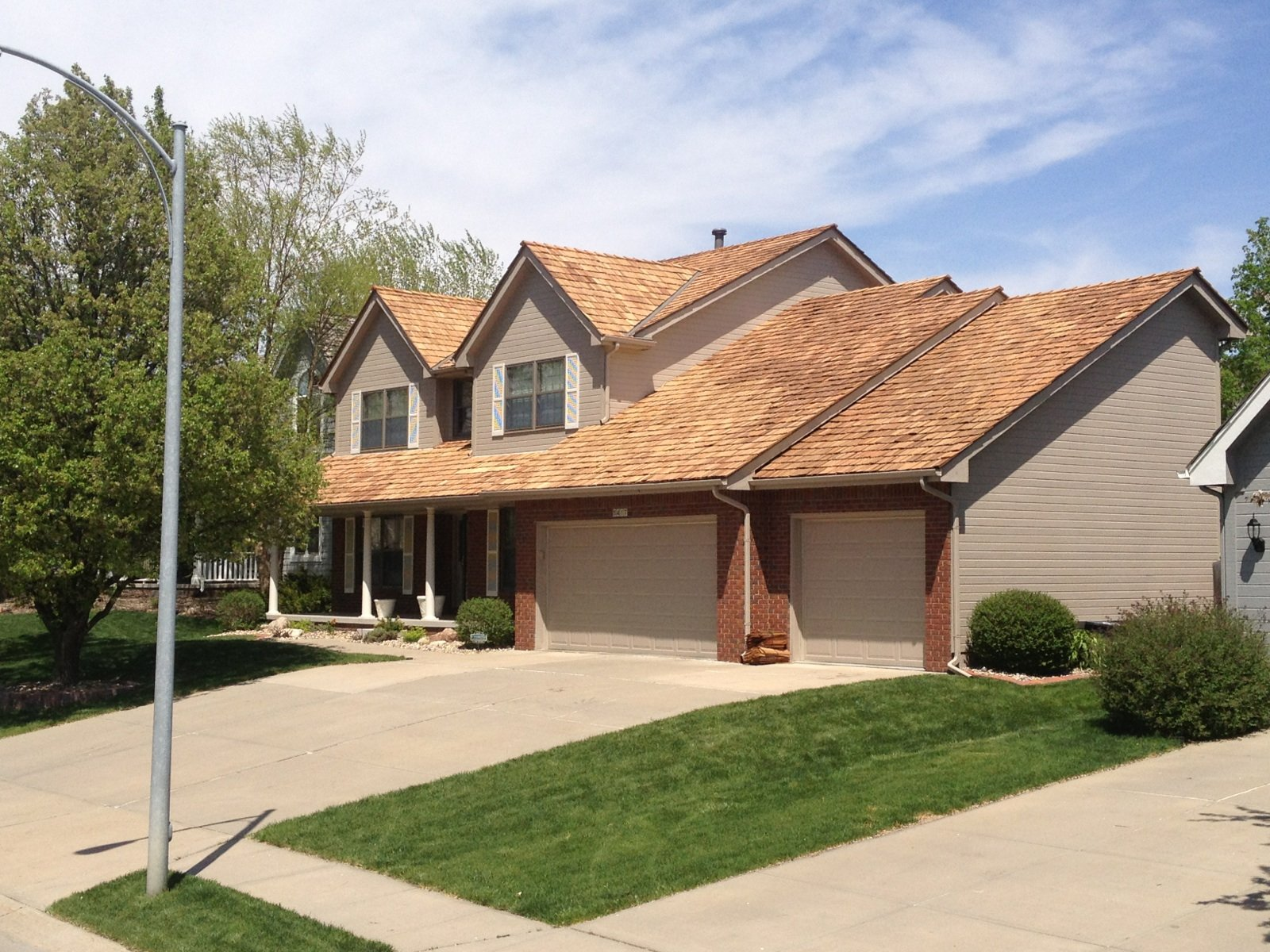 Why ChooseExterior Remodel and Design Roofing?